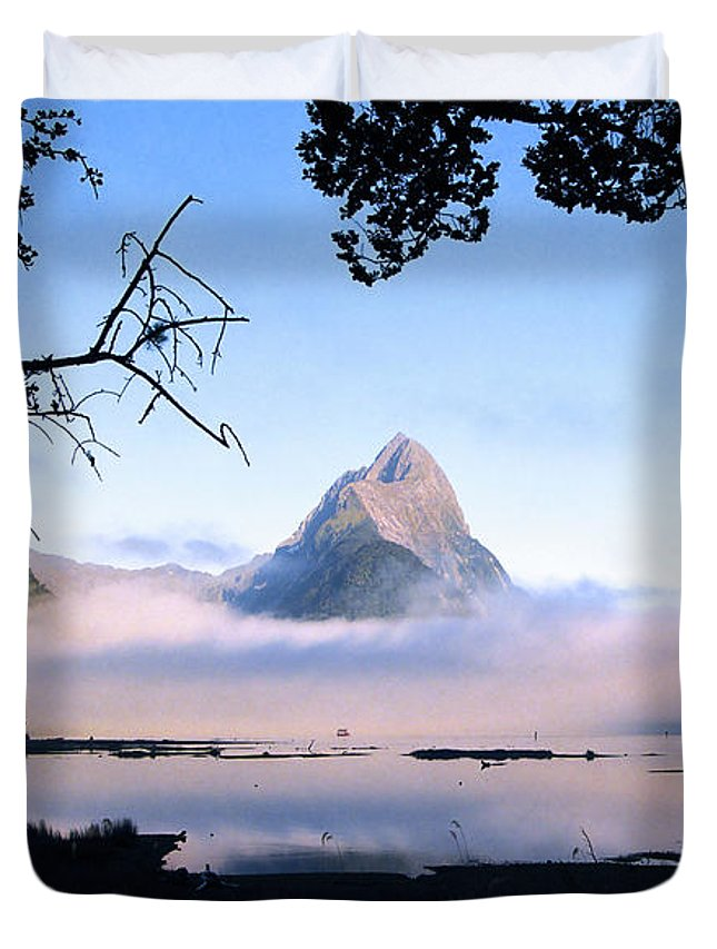 Mitre Peak Duvet Cover featuring the photograph Mitre Peak by Kevin Smith