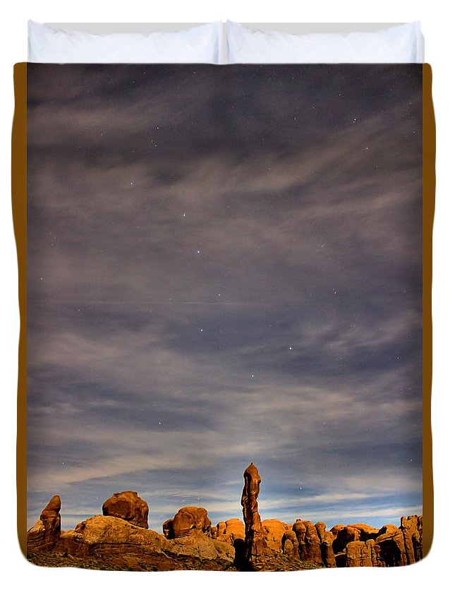 Moab Duvet Cover featuring the photograph Moab Dipper by John Willey