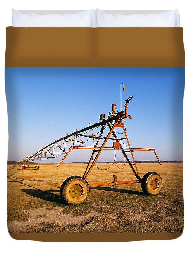 Farm Duvet Cover featuring the photograph Mobile Irrigation by Buddy Mays