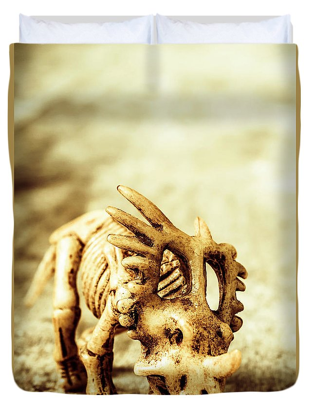 Exhibition Duvet Cover featuring the photograph Model Styracosaurus Skeleton by Jorgo Photography - Wall Art Gallery