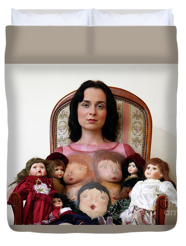 Idr Duvet Cover featuring the photograph Model With Porcelain Dolls by Ilan Rosen