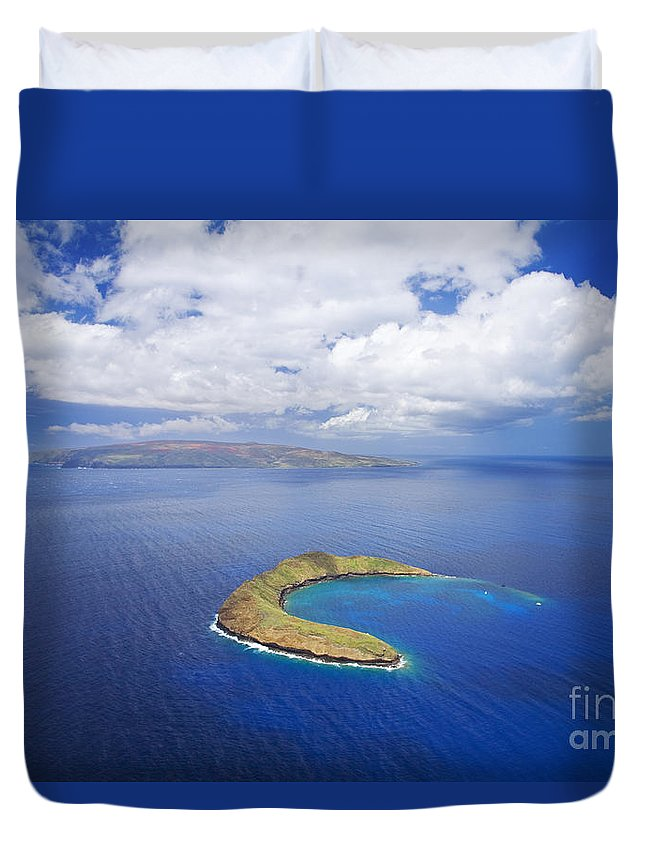 Above Duvet Cover featuring the photograph Molokini Aerial by Ron Dahlquist - Printscapes