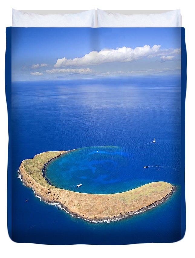 Above Duvet Cover featuring the photograph Molokini Crater by Ron Dahlquist - Printscapes