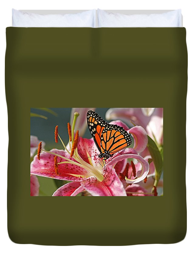 Cindi Ressler Duvet Cover featuring the photograph Monarch On A Stargazer Lily by Cindi Ressler