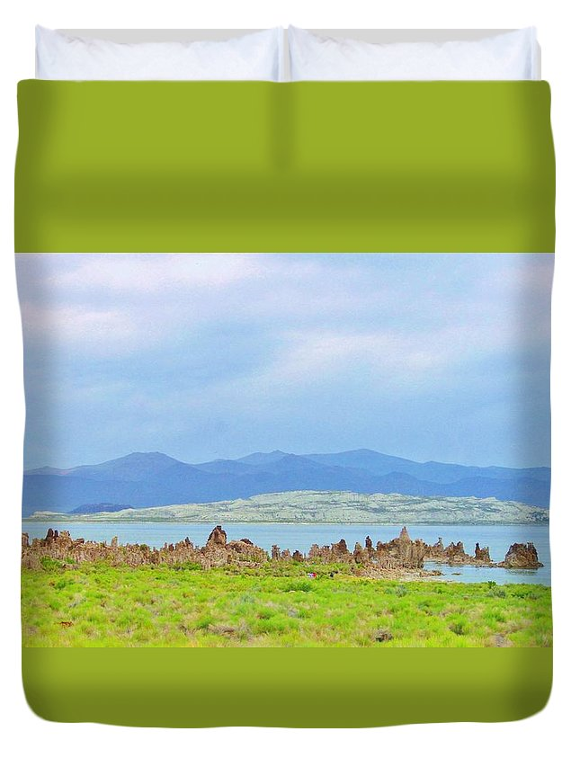 Sky Duvet Cover featuring the photograph Mono Lake Image by Marilyn Diaz