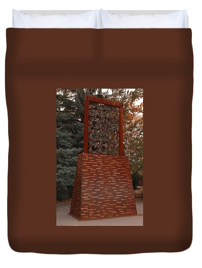 Monument Duvet Cover featuring the photograph Monument At N M State Captial by Rob Hans