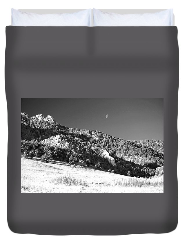 Colorado Duvet Cover featuring the photograph Moon Over Chatauqua 2 by Marilyn Hunt