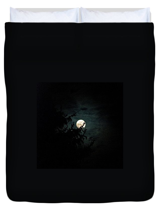 Duvet Cover featuring the photograph Moonlight by Carol Eliassen