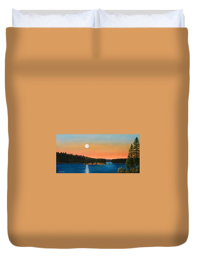 Landscape Duvet Cover featuring the painting Moonrise Over The Lake by Frank Wilson