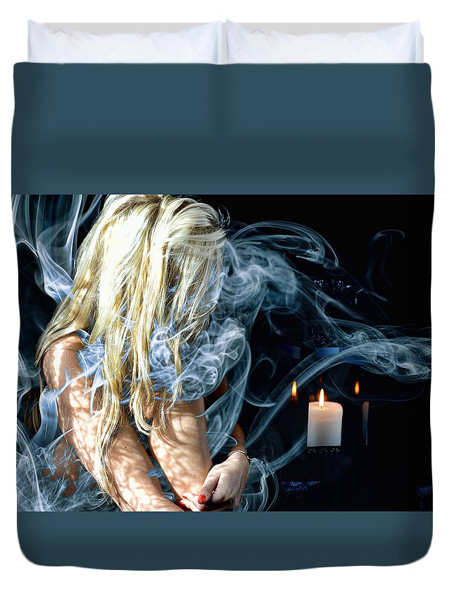 Smoke Blonde Abstract Duvet Cover featuring the photograph Morgan In Smoke by Bill Munster