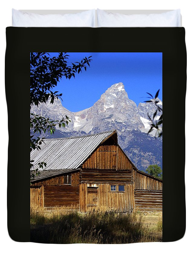 Barn Duvet Cover featuring the photograph Mormon Row Barn 1 by Marty Koch