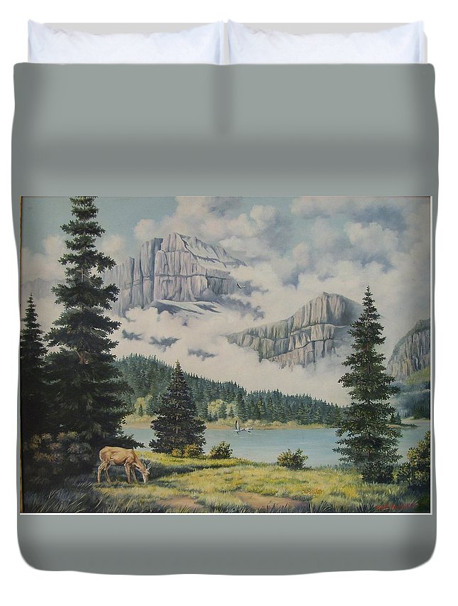 Glacier Nat. Park Duvet Cover featuring the painting Morning At The Glacier by Wanda Dansereau