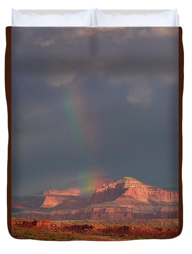 National Park Duvet Cover featuring the photograph Morning Glory by Prajit Ravindran