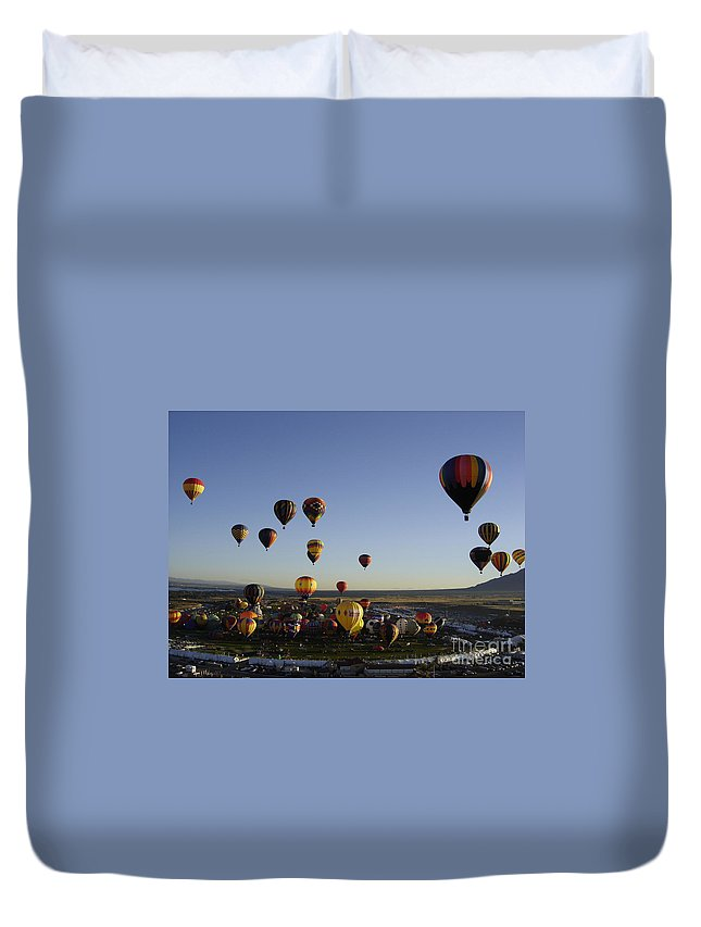 Hot Air Balloons Duvet Cover featuring the photograph Morning Liftoff by Mary Rogers