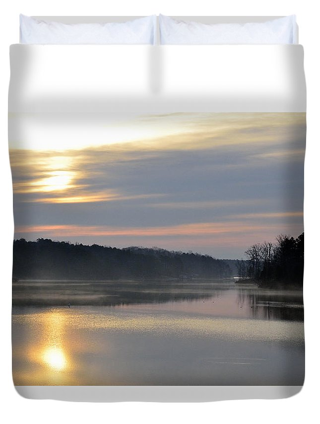 Lake Duvet Cover featuring the photograph Morning Light by Glenda Ward
