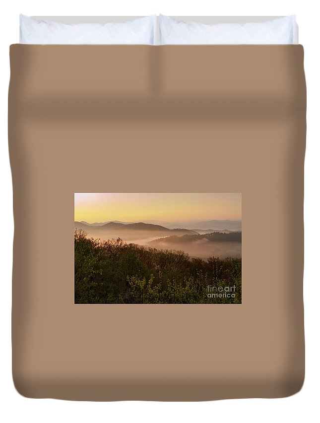 Foothills Parkway Duvet Cover featuring the photograph Morning Mist Three by Bob Phillips