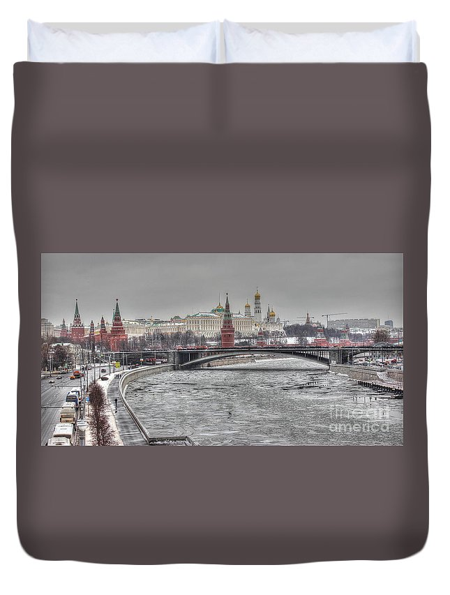 Duvet Cover featuring the pyrography Moscow Winter Look by Yury Bashkin