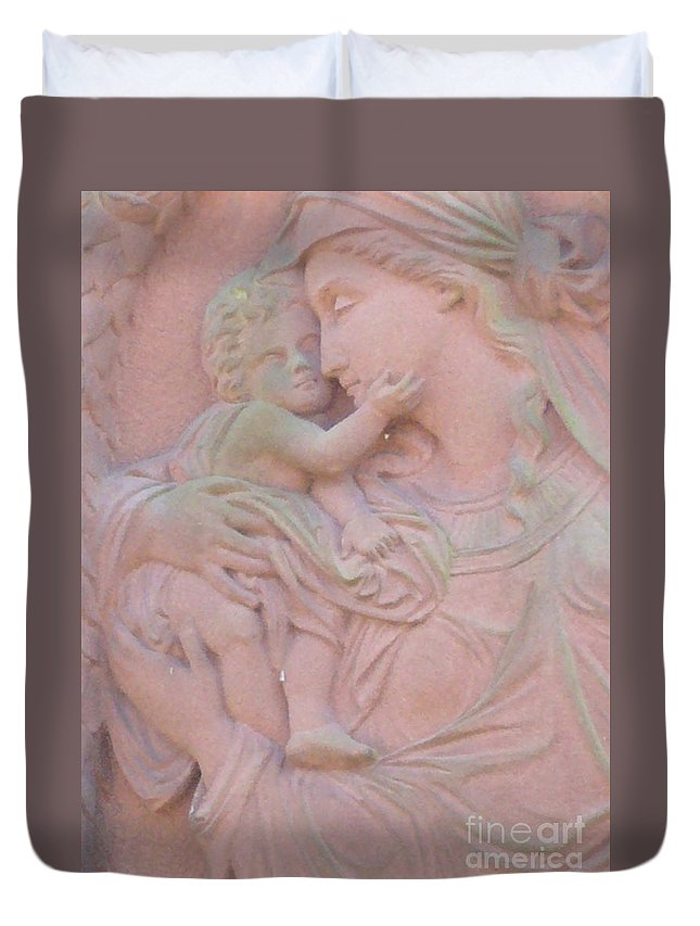 Mother And Child Duvet Cover featuring the photograph Mother And Child In Red Sandstone by Leonore VanScheidt