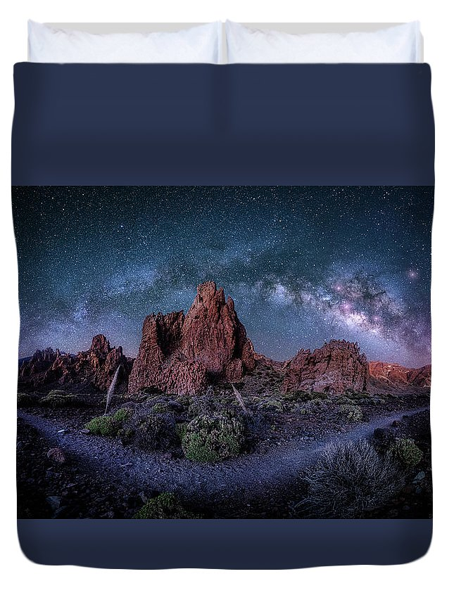 Milkyway Duvet Cover featuring the photograph Mothers Eye by Fabio Antenore
