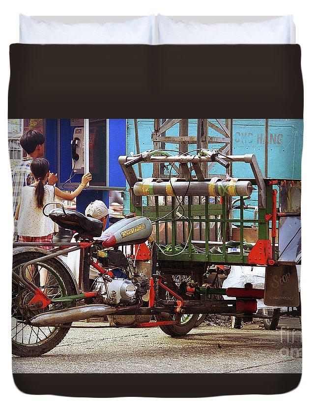 Vietnam Duvet Cover featuring the photograph Vietnamese Motorized Rickshaw by Rich Walter