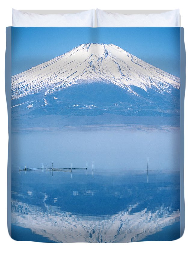 Allan Seiden Duvet Cover featuring the photograph Mount Fuji by Allan Seiden - Printscapes