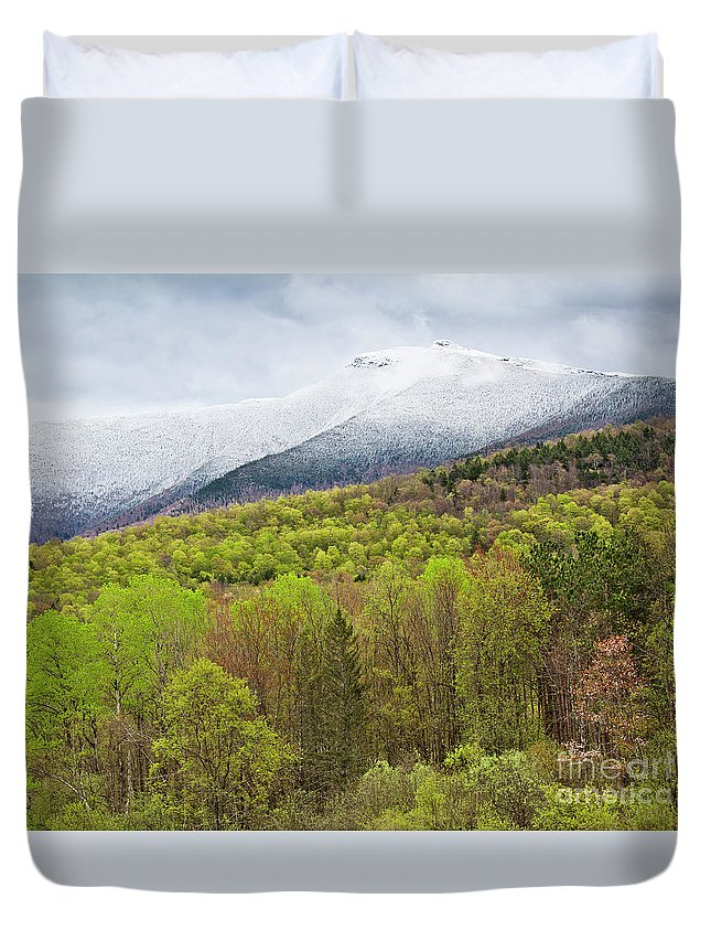 Spring Duvet Cover featuring the photograph Mount Mansfield Spring Snow by Alan L Graham