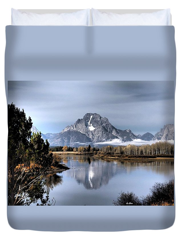 Mount Moran Duvet Cover featuring the photograph Mount Moran by Jim Moser