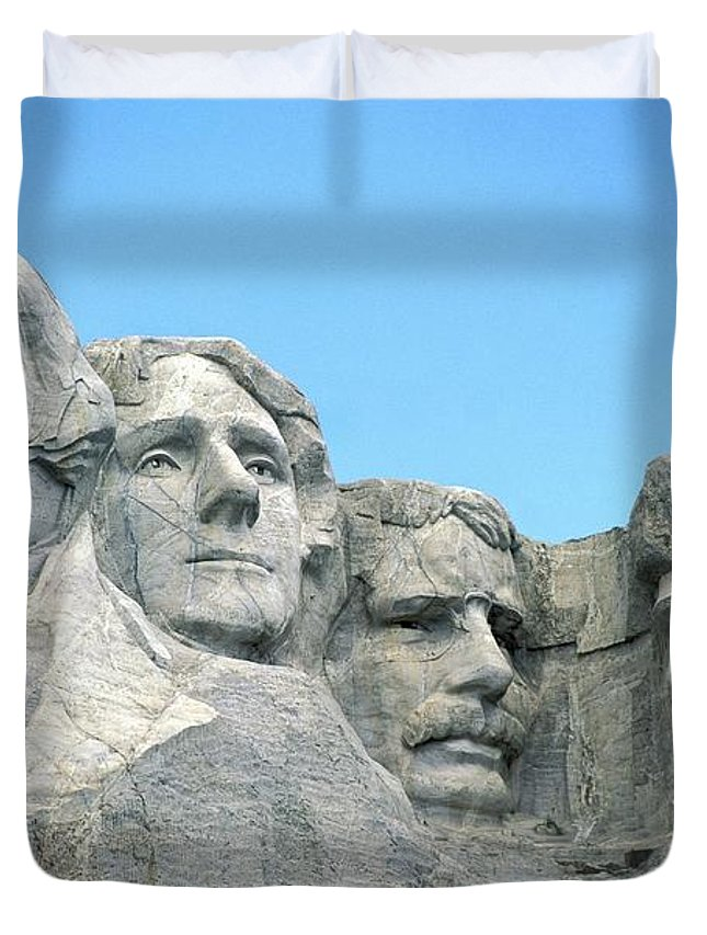 Mount Duvet Cover featuring the photograph Mount Rushmore by American School