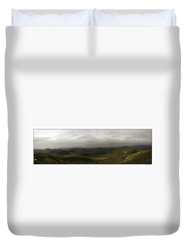 Duvet Cover featuring the photograph Mount Snowdon Panorama by R Thomas Berner
