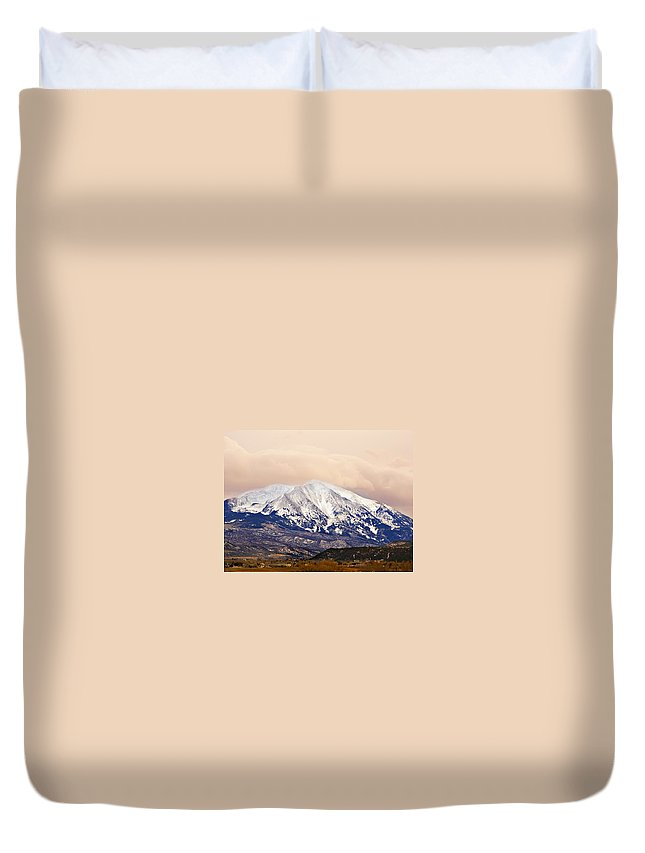 Americana Duvet Cover featuring the photograph Mount Sopris by Marilyn Hunt