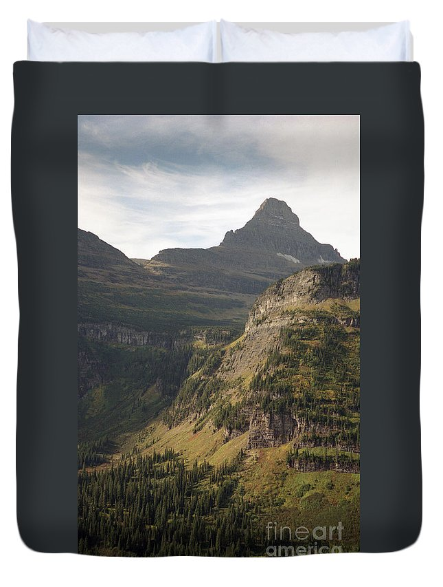 Glacier Duvet Cover featuring the photograph Mountain Glacier by Richard Rizzo