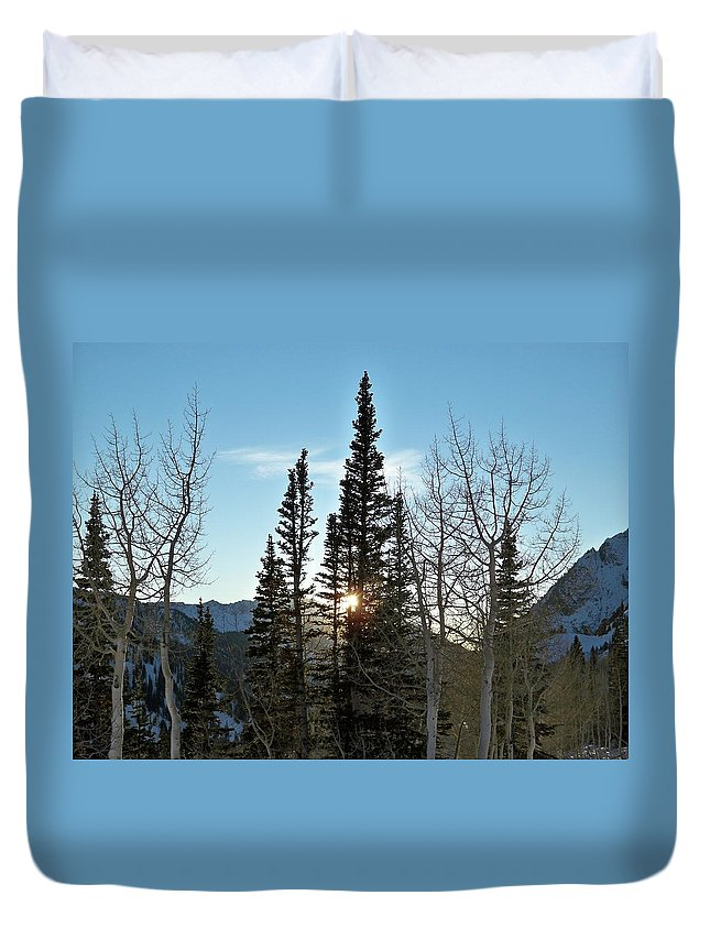 Rural Duvet Cover featuring the photograph Mountain Sunset by Michael Cuozzo