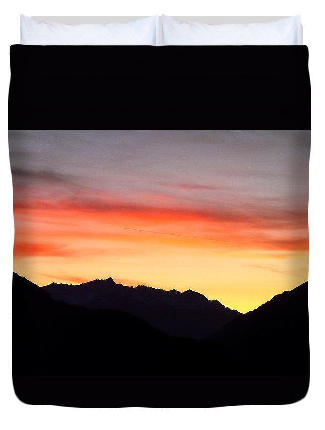 Mountain Duvet Cover featuring the photograph Mountain Sunset by Valerie Ornstein