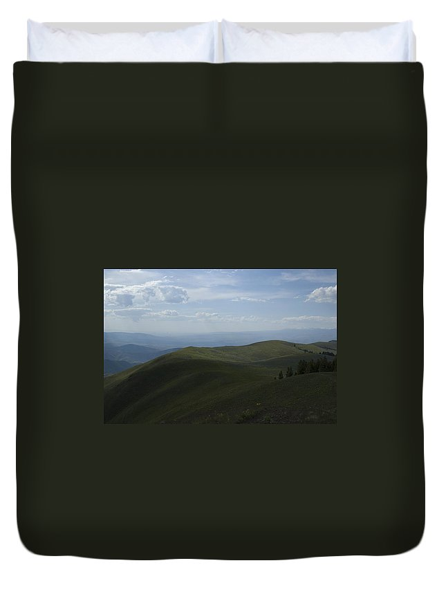 Mountain Duvet Cover featuring the photograph Mountain Top 4 by Sara Stevenson
