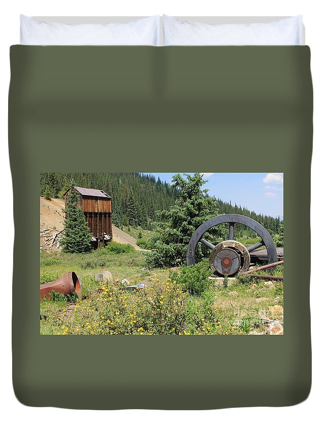Nature Duvet Cover featuring the photograph Mountain Treasures 4 by Tonya Hance