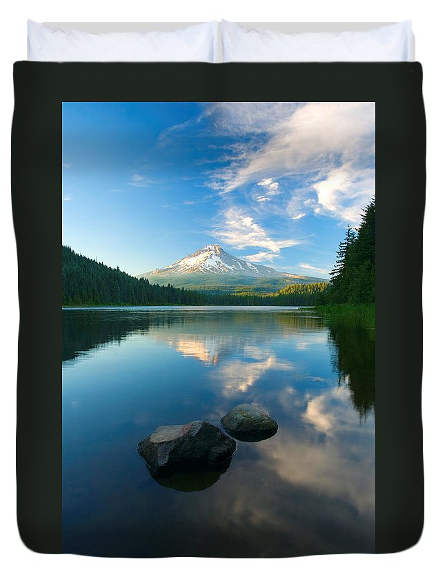 Mt. Hood Duvet Cover featuring the photograph Mt. Hood Cirrus Explosion by Mike Dawson