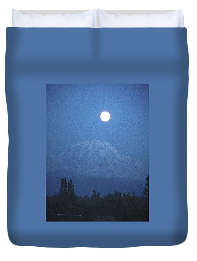 Mt Rainier Duvet Cover featuring the photograph Mt Rainier Full Moon by Shirley Heyn