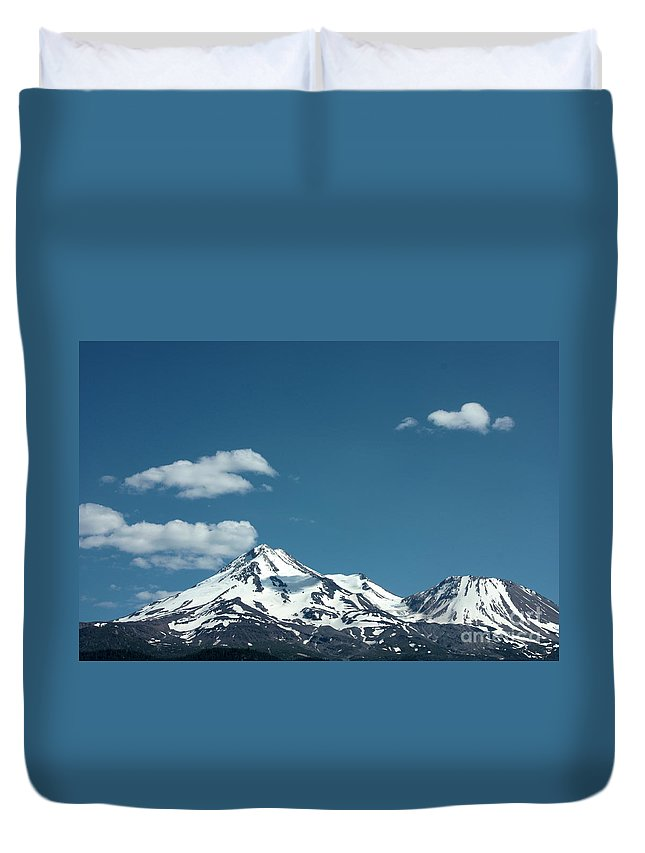 Cloud Duvet Cover featuring the photograph Mt Shasta With Heart-shaped Cloud by Carol Groenen