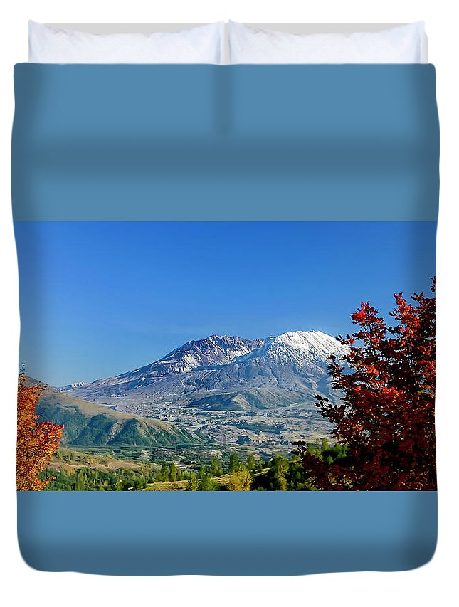 Mt St Helens Duvet Cover featuring the photograph Mt St Helens by Albert Seger