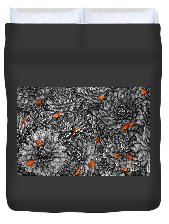Chrysanthemum Duvet Cover featuring the photograph Mum Petals Bw by Mike Nellums