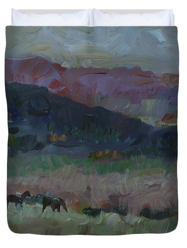 Lanscape Duvet Cover featuring the painting Mustangs by Susan Moore