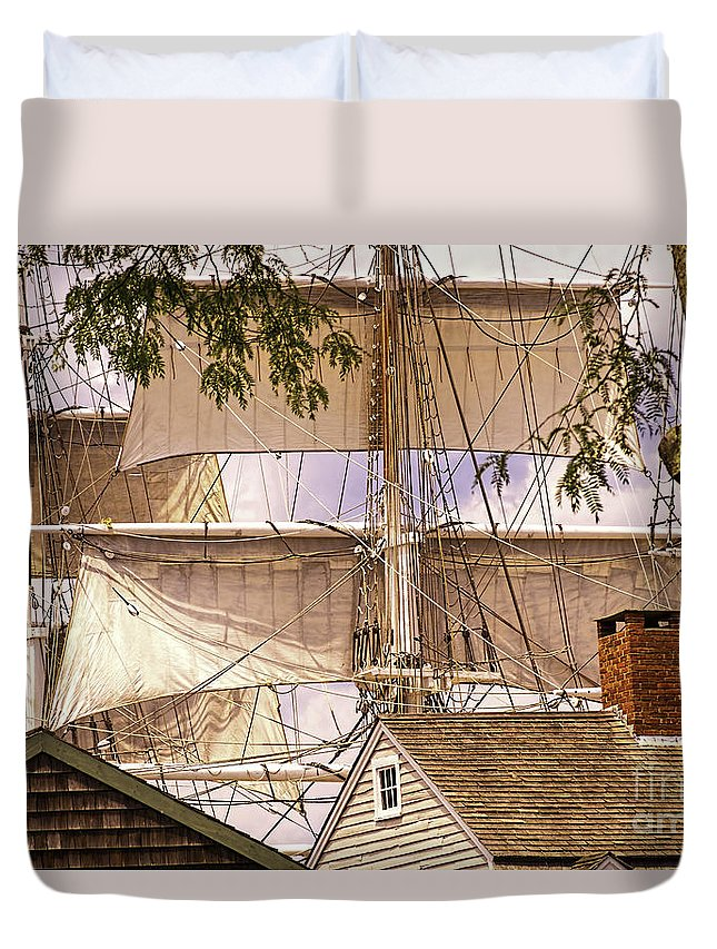 Mystic Duvet Cover featuring the photograph Mystic Skyline by Joe Geraci