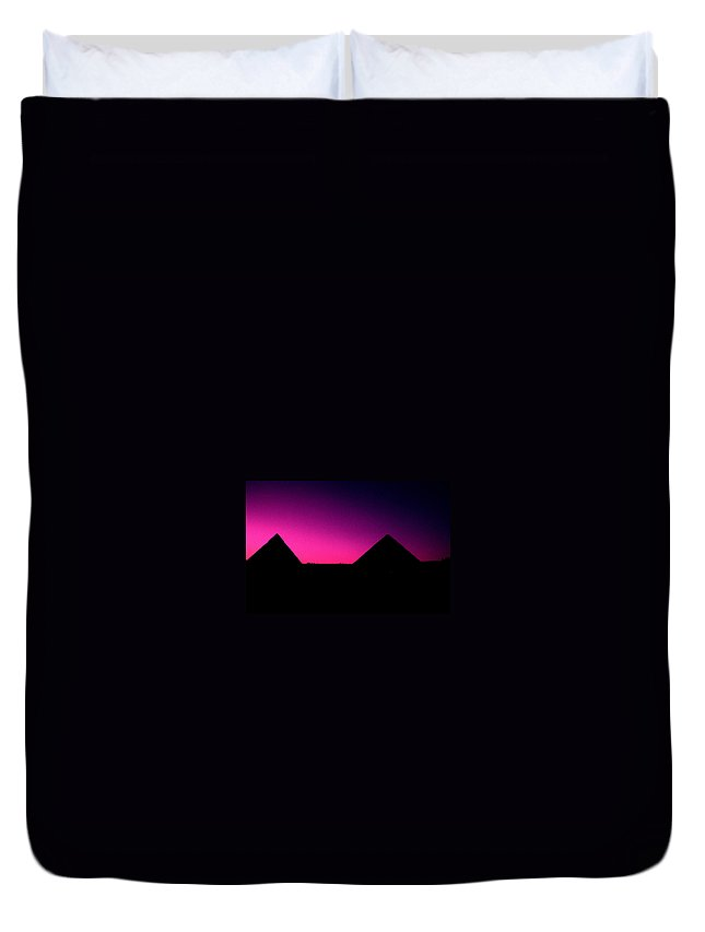 Pyramids Duvet Cover featuring the photograph The Pyramids At Sundown by Gary Wonning