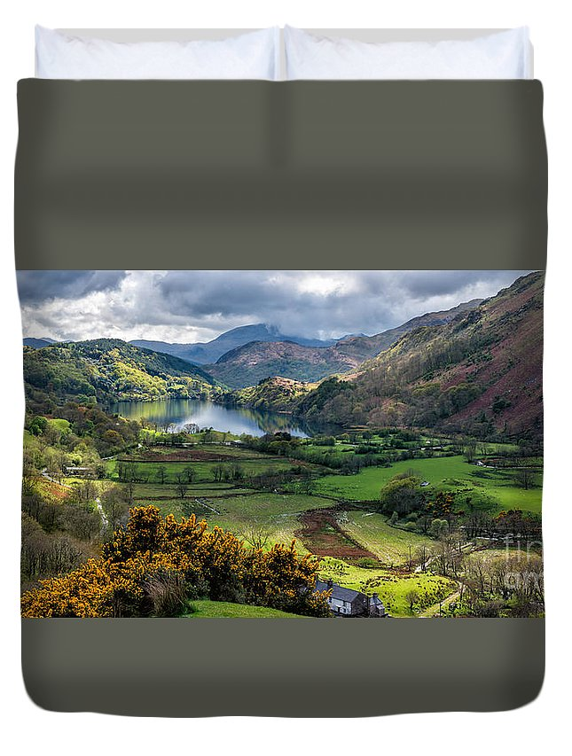 Landscape Duvet Cover featuring the photograph Nant Gwynant Valley by Adrian Evans