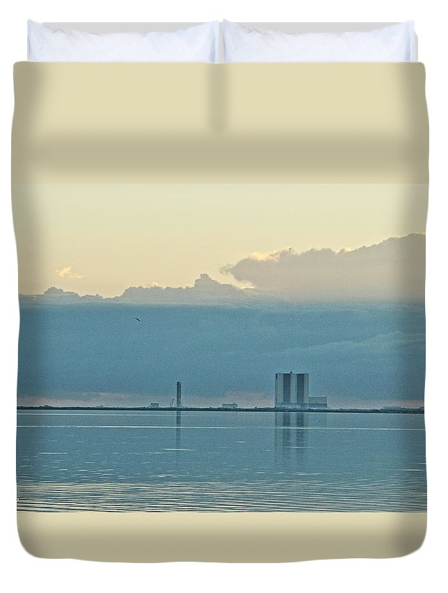 Looking East Across The Indian River Lagoon To The Vab Duvet Cover featuring the photograph Nasa Vab by Jeryl Moore