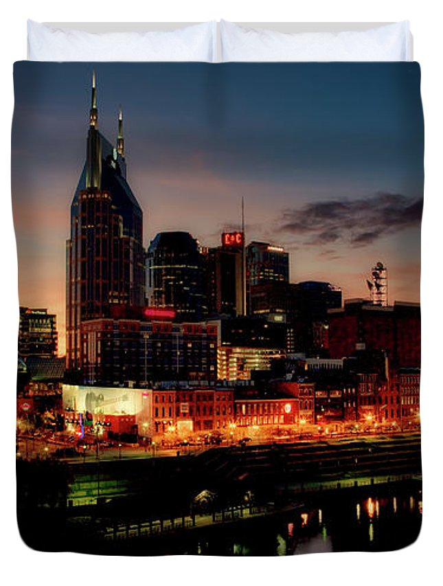 Nashville Duvet Cover featuring the photograph Nashville At Sunset by Mountain Dreams