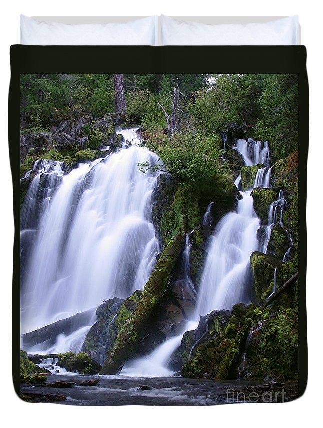 Waterfall Duvet Cover featuring the photograph National Creek Falls 09 by Peter Piatt