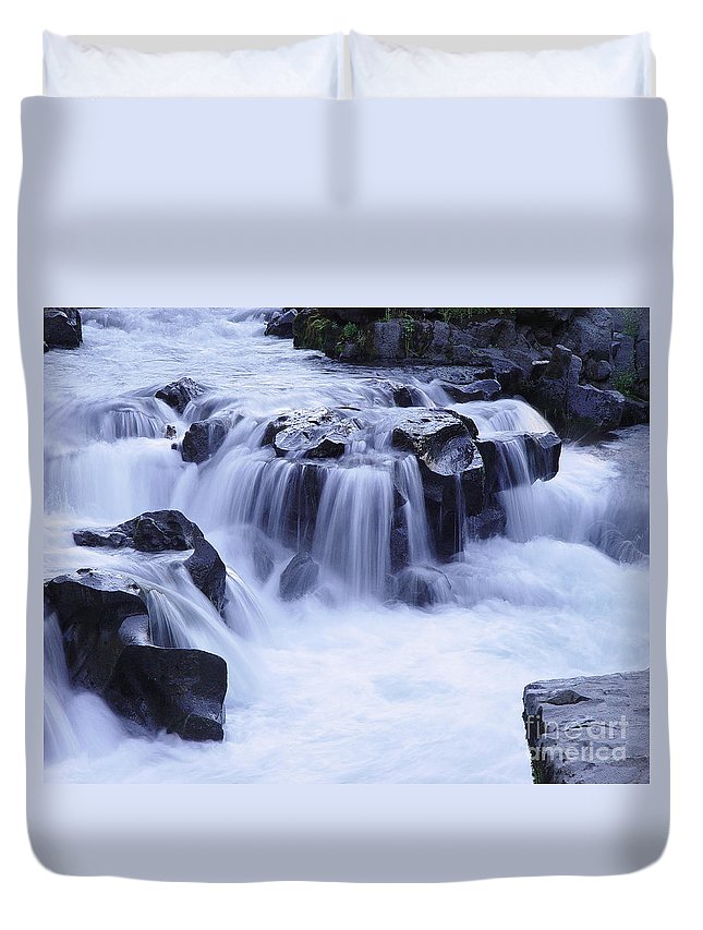 Waterfall Duvet Cover featuring the photograph Natural Bridges Falls 01 by Peter Piatt