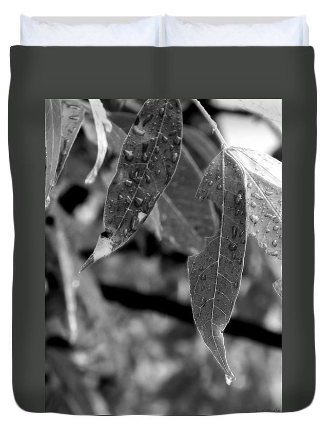 Macro Duvet Cover featuring the photograph Nature's Tears by Lauren Radke