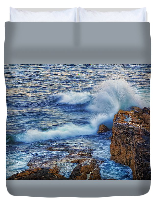 Atlantic Duvet Cover featuring the photograph Neptune's Embrace by Ronn Orenstein